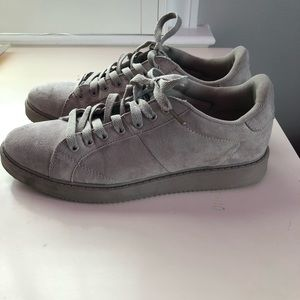 Qupid Gray Suede Lace Up Platform Sneaker